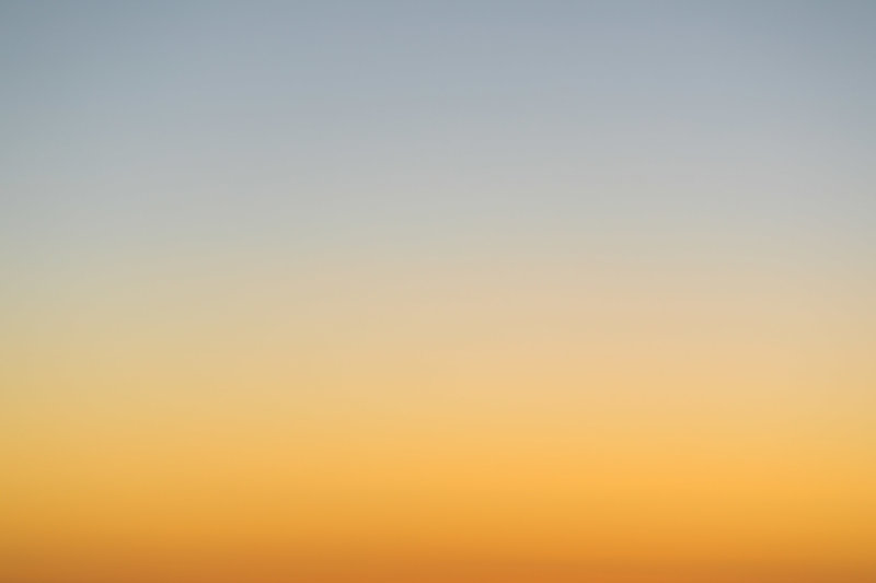 Gradient formed by sunlight on horizon